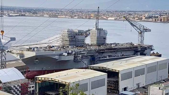 1100 milioni di euro spesi per la nave Trieste, nel frattempo il numero dei poveri in Italia è in aumento