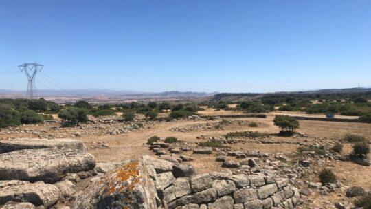La silenziosa distruzione dei nuraghi in Sardegna