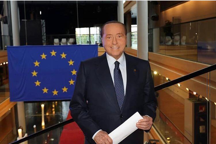 Mafia: Berlusconi indagato nel procedimento sulle stragi del 1993