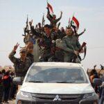 Momenti di festa tra la popolazione di Manbij, nel nordest della Siria