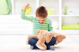 La Scozia vieta per legge di dare sculacciate e schiaffi ai bambini. E' il 58° paese al mondo