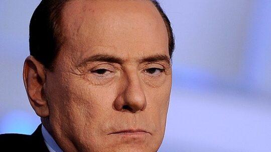 Berlusconi vuole utilizzare armi nucleari per risolvere il problema dell'immigrazione
