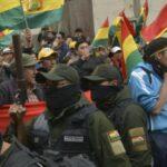 La denuncia di Noam Chomsky: Gli Stati Uniti sostengono il golpe in Bolivia o l'omicidio di Evo Morales