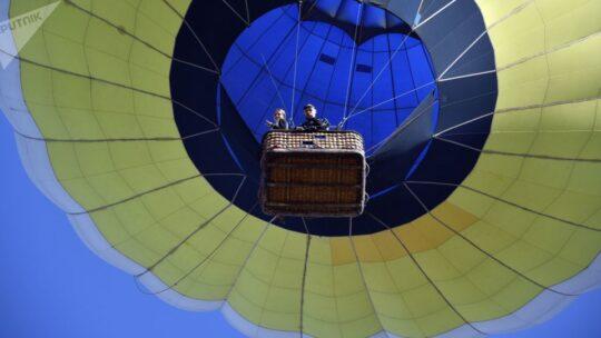 La gigantesca mongolfiera del debito cresce