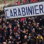 """""""Cittadini con le istruzioni"""", a Catanzaro manifestazione in difesa di Gratteri e degli uomini della Procura"""