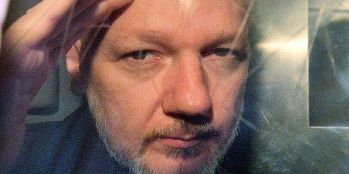 'Italiani per Assange' organizza un evento in Piazza del Popolo a Roma, il 23 febbraio, per la liberazione del fondatore di Wikileaks