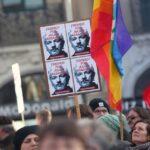 """Più di 100 medici di 18 Paesi chiedono """"di porre fine alla tortura"""" di Assange e di fornirgli assistenza sanitaria """"prima che sia troppo tardi"""""""