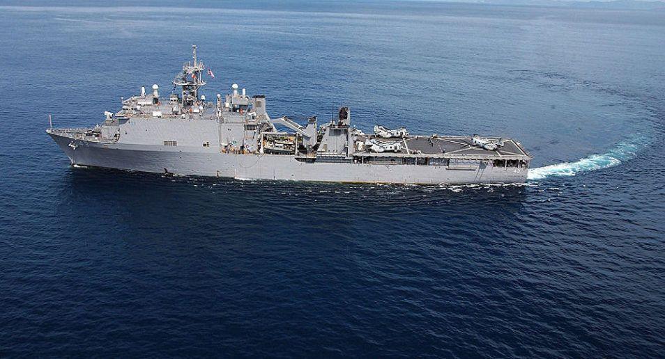 Nuova provocazione di Washington contro Pechino: Nave da guerra armata di missili Tomahawk entra nello stretto di Taiwan