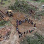Amazzonia, l'assalto di Bolsonaro ai territori e alle comunità indigene
