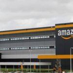 """Amazon verrà multata di € 100.000 per ogni consegna """"non essenziale"""" in Francia fino a quando non migliorerà le condizioni di sicurezza dei suoi lavoratori"""