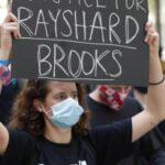 USA: la polizia uccide l'afroamericano Rayshard Brooks. Proteste ad Atlanta