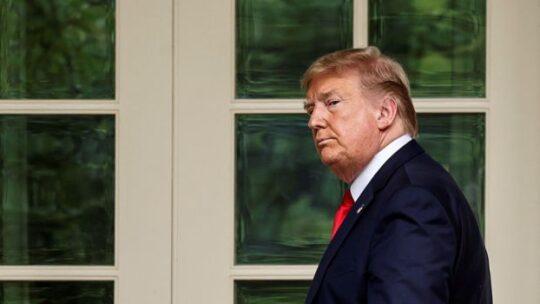 """L'ultima di Trump: """"Disconnettere"""" l'economia cinese è un'opzione"""