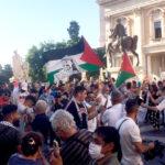 Migliaia in piazza per la Palestina: ''È giunto il momento di dire 'Basta'!''