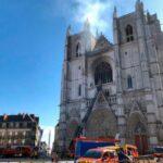 Francia, rogo nella cattedrale di Nantes. Fermato un sospetto, verifiche in corso