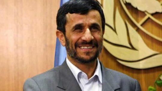 Ex Presidente iraniano Ahmadinejad offre la sua mediazione per porre fine alla guerra nello Yemen