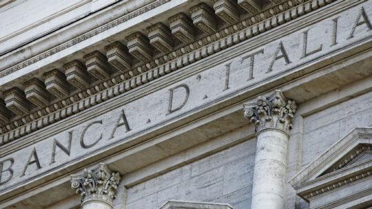 Bankitalia: indagine, colpito il reddito di metà della popolazione