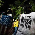 Scontri a protesta antirazzista a Portland, un morto