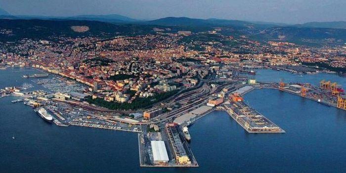 Il Porto di Trieste diventa oggi tedesco. Altri 20 anni buttati per l'Italia