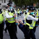 90 arrestati durante la marcia di Extinction Rebellion a Londra e Manchester