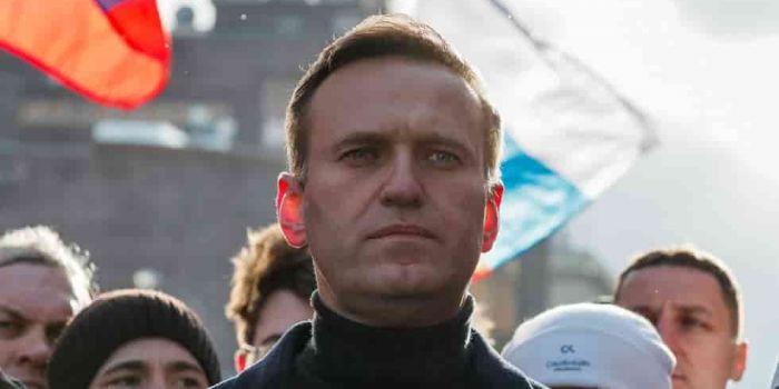 """Galloway: """"Le affermazioni sull'avvelenamento di Navalny stimoleranno la demonizzazione della Russia. Ma a chi giova?"""""""