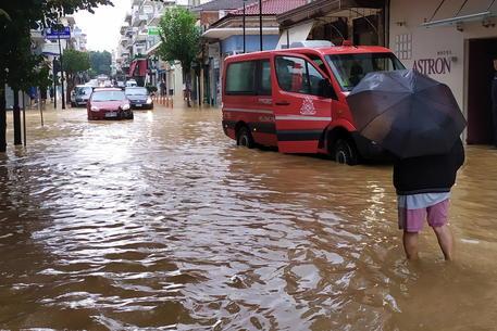 Maltempo nel sud della Francia. Forti piogge in Grecia, 2 morti