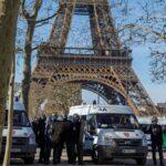 Parigi: allarme bomba sulla Torre Eiffel