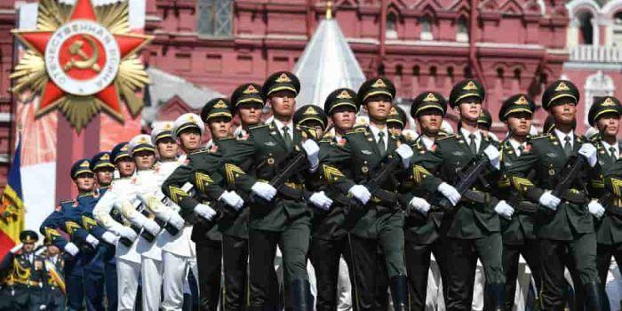 Un'alleanza militare Russia-Cina sarebbe un baluardo contro l'imperialismo statunitense