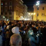 Continuano le manifestazioni a Napoli e Catania ma altre città si uniscono alla protesta
