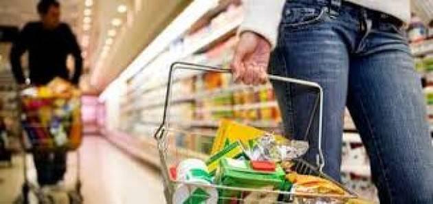 Inflazione: Istat, resta negativa ma il carrello della spesa rincara, +1,5% a novembre