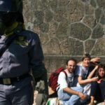 Lo sconcerto di Amnesty: ''Gravissima la promozione dei due poliziotti condannati per i fatti del G8 di Genova''
