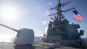 Nave da guerra USA entra nel Mar Nero vicino alla Russia