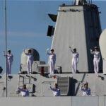 """La Cina afferma di essere """"pronta a rispondere a tutte le minacce"""" dopo che gli Stati Uniti hanno inviato 2 navi da guerra attraverso lo stretto di Taiwan"""