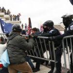 Usa: sicurezza violata nel Congresso degli Stati Uniti, alcuni manifestanti si sarebbero fatti strada nell'edificio