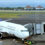 Indonesia: persi i contatti con un Boeing, operazione di ricerca in corso