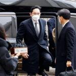 Il vice presidente di Samsung Electronics Lee Jae-yong è stato condannato a due anni e mezzo di carcere