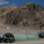 """Le truppe indiane e cinesi si impegnano in """"scontri minori"""" sul confine conteso"""