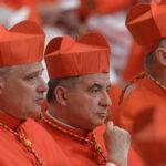 Caso Becciu: il cardinale verso il rinvio a giudizio
