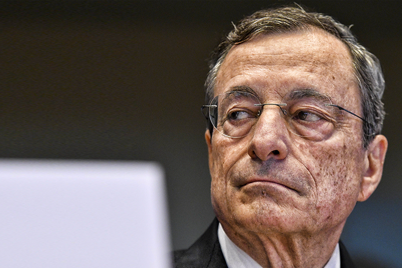 Mario Draghi, le ombre del banchiere che vuole governare l'Italia