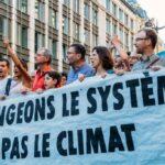 """Francia colpevole di """"inazione climatica"""", riconosciuta per la prima volta in tribunale la responsabilità di uno Stato"""