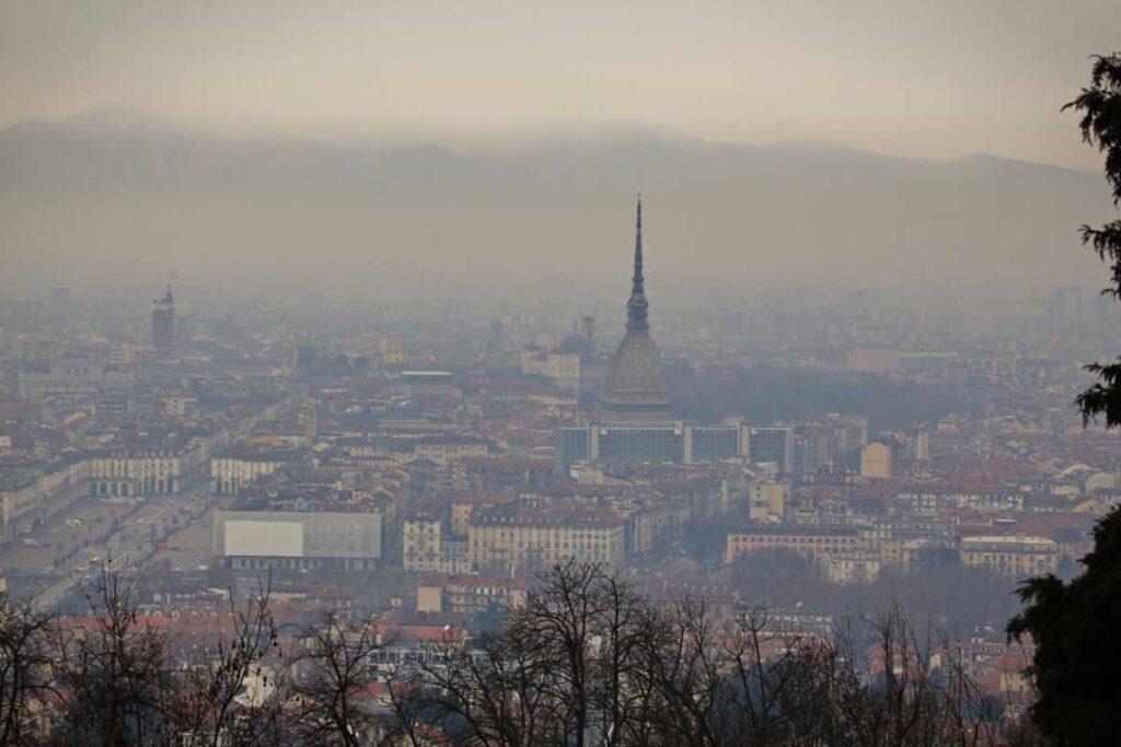 Nel 2020 abbiamo respirato aria più inquinata del 2019, nonostante il lockdown
