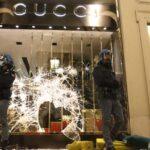 """Torino scopre le proprie """"banlieues"""". 36 arresti e accuse che poi cadono"""