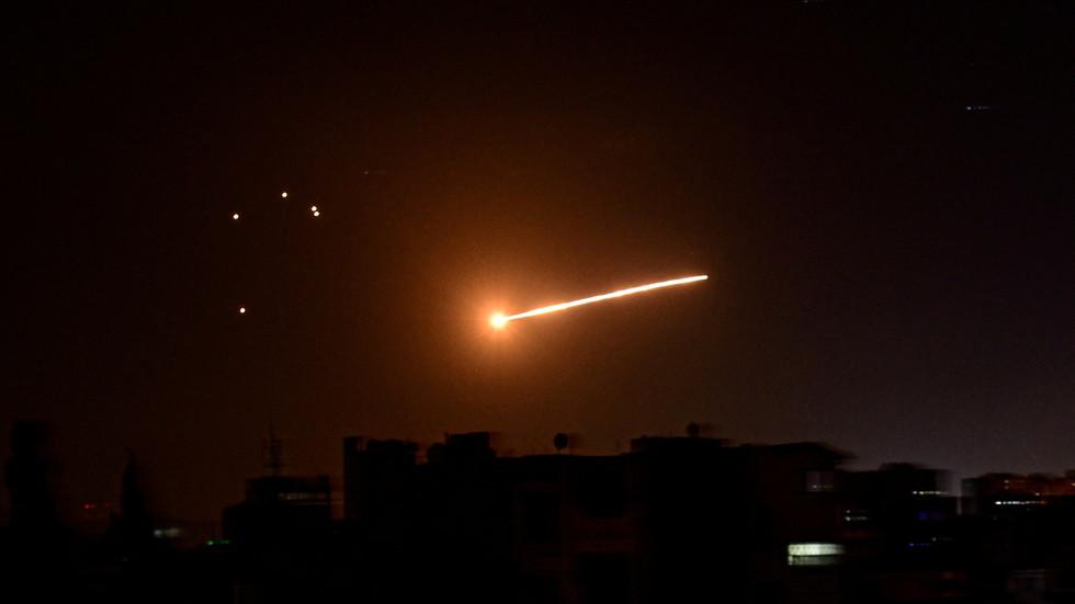 Israele: nuovo attacco alla Siria. Un morto e vari feriti fra cui un bambino