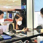 Le vendite al dettaglio della Cina sono aumentate del 17,7% ad aprile, indicando che l'economia si sta rafforzando