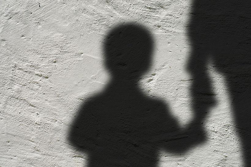 Il massacro degli innocenti: 215 bimbi sepolti vicino ad una ex scuola cattolica in Canada