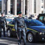Dieci ore di lavoro per 350 euro al mese, 5 misure cautelari