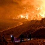 Torna l'incubo degli incendi in Grecia: boschi distrutti e centinaia di residenti evacuati