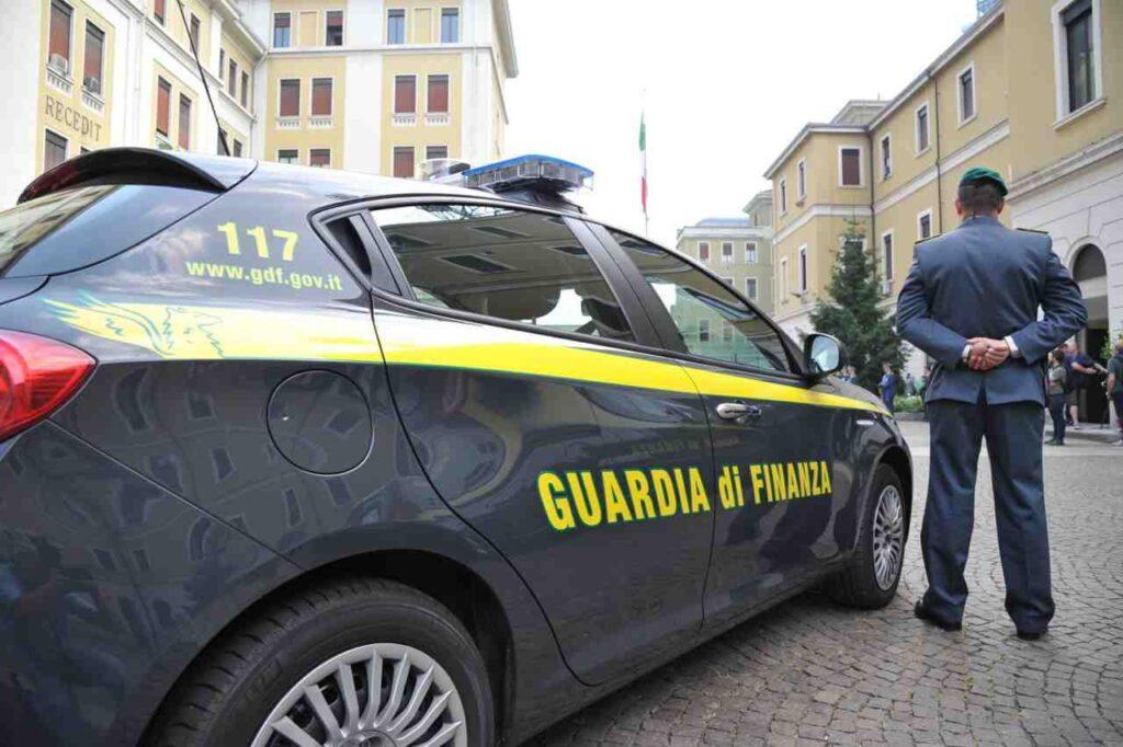 Booking accusata di evasione per 153 milioni di Iva in Italia