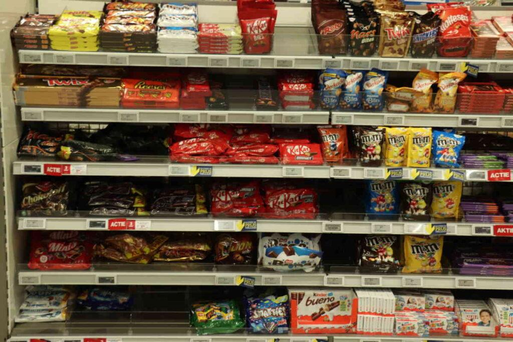 Nestlé ammette che oltre il 60% dei suoi prodotti non è affatto salutare