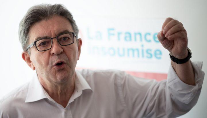 """La sinistra francese presenta ricorso alla Corte Costituzionale contro il """"Pass sanitaire"""""""