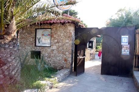Festa in pub Taranto finisce in sparatoria, 10 feriti